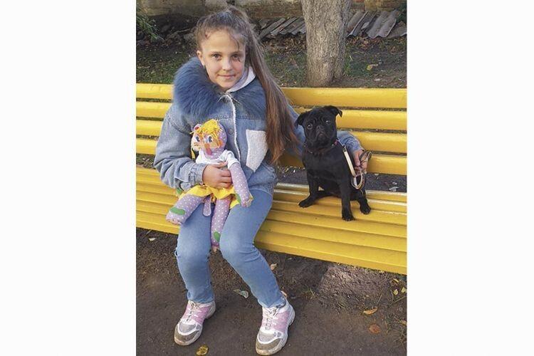 Мрія про мопса, від якої Аліса відмовилася заради порятунку онкохворого підлітка, втілилася завдяки Інні Бовт зІталії.