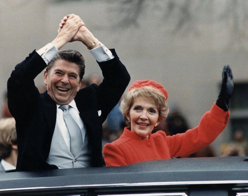 Такими вони були у зеніті слави – Рональд Рейган (1911 – 2004) і Ненсі Рейган (1921 – 2016).