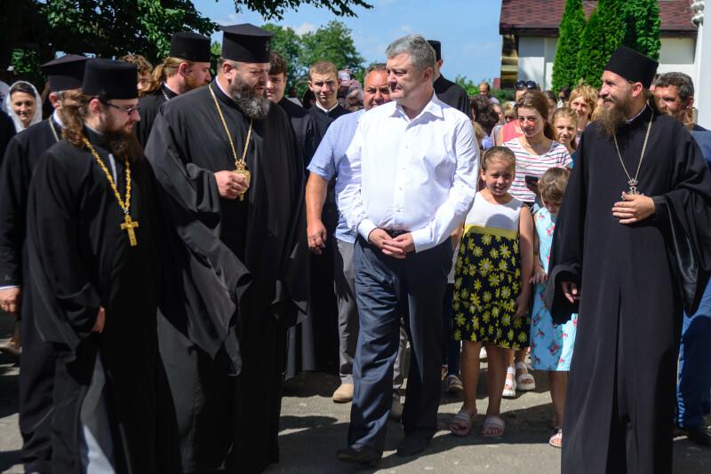 Митрополит Волинський і Луцький Михаїл розповів про релігійну ситуацію в області.