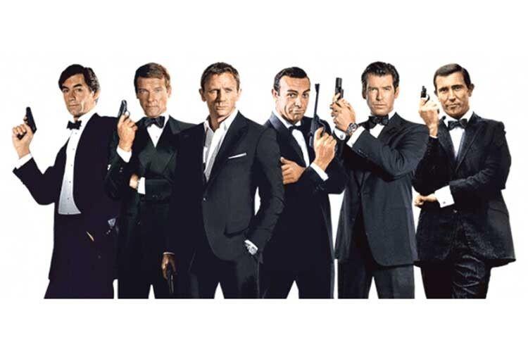 Навіть таким мужчинам єчим мірятися! Усі виконавці ролі Бонда (зліва направо): Тімоті Далтон, Роджер Мур, Деніел Крейг, Шон Коннері, Пірс Броснан, Джордж Лезенбі. Фаворитом серед усіх виконавців ролі Бонда єШон Коннері.