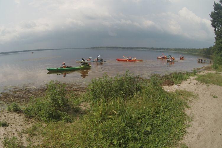 Водний похід троянівці почали із озера Біле.