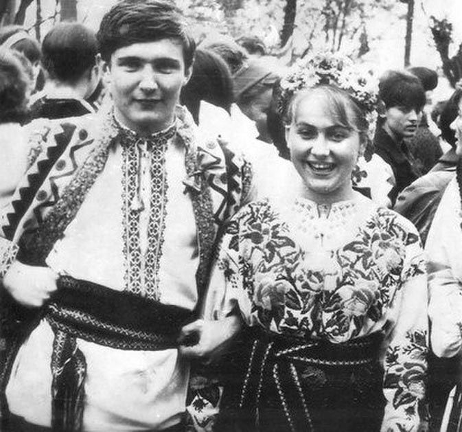 Студентське кохання – одногрупниця Марія Соколовська. Виступали разом в інститутському ансамблі.