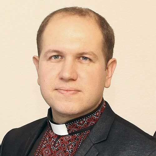 Отець Тарас Когут зумів пробудити у людей інтерес до Слова Божого.