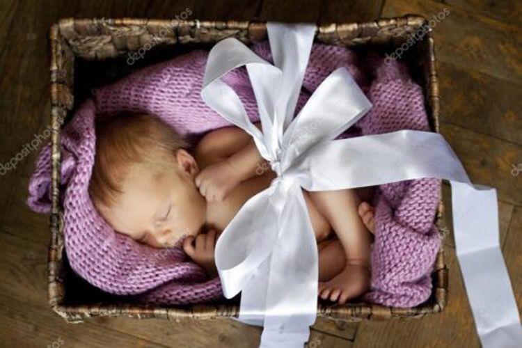 І серце не стиснулося, продаючи таке немовля.
