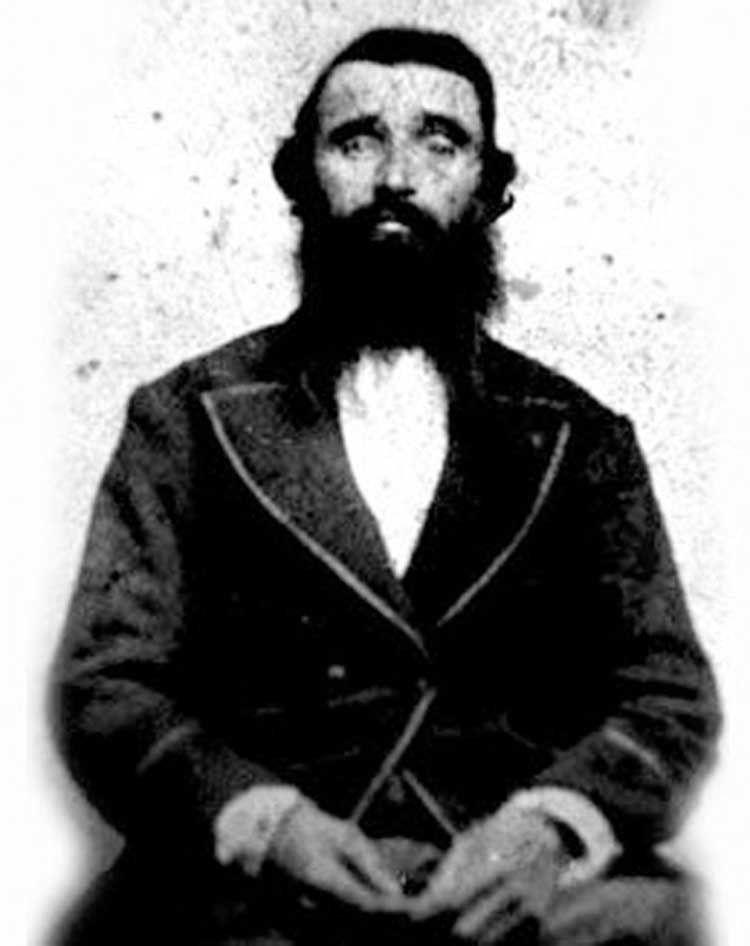 З образу дикуна Олександр Селькірк у цивілізованому житті залишив тільки бороду. Не метрову, але все одно колоритну.