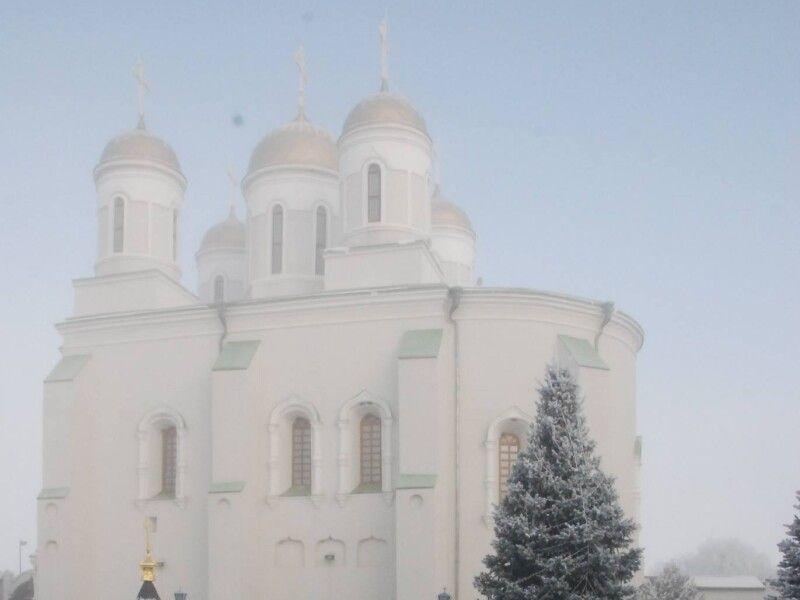 Місцеві віряни на запитання, чи є конфлікти на релігійному ґрунті, кажуть: «Бог один».