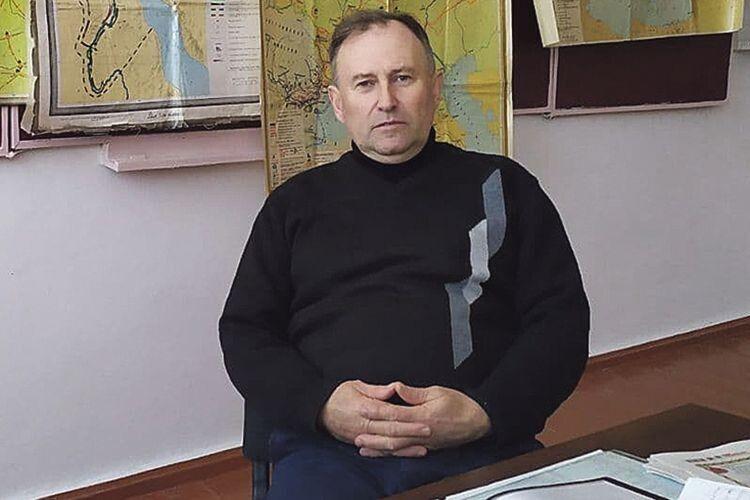 Історик Євген Євгенович про рідний край може розповідати годинами.