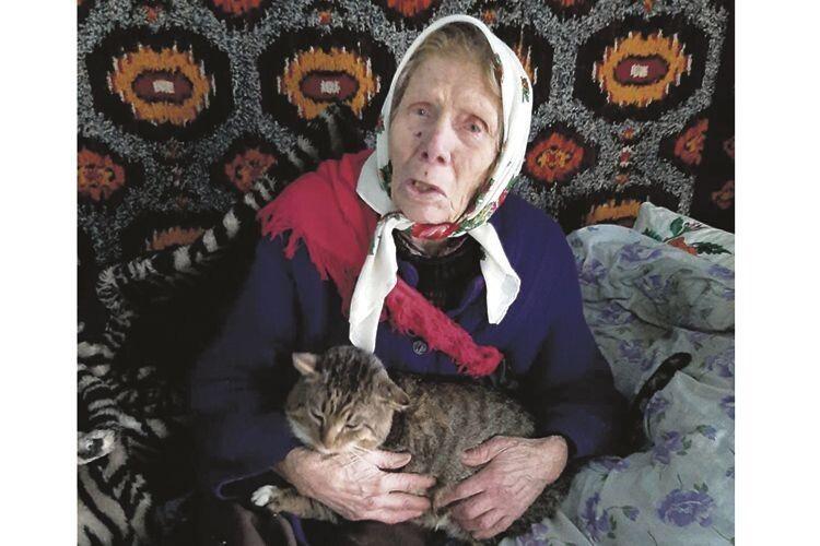 Софія Труш знає, як то жити, коли ти в старості зовсім самотня.