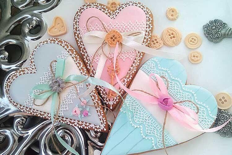Подарунок на День Валентина буде і вишуканим,  і оригінальним, і смачним.