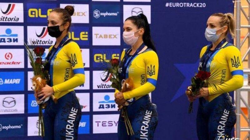 Бронзові призерки Олександра Логвінюк, Олена Старікова  та Любов Басова (зліва направо).