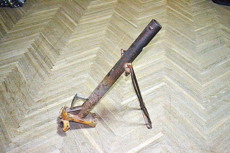 Саморобний міномет — зброя періоду першого етапу війни.