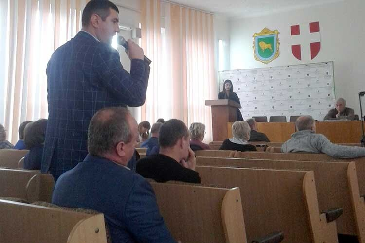 Виступ депутата районної ради Григорія Недопада багатьох змусив задуматися.