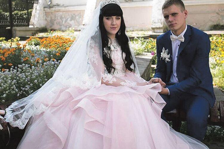 Вересневого дня Андрій і Настя зареєстрували свій шлюб.