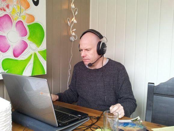 Норвежець Кнут Бленгслі переслав цей малюнок Андрію Виросткову. Фото vn.20minut.ua.
