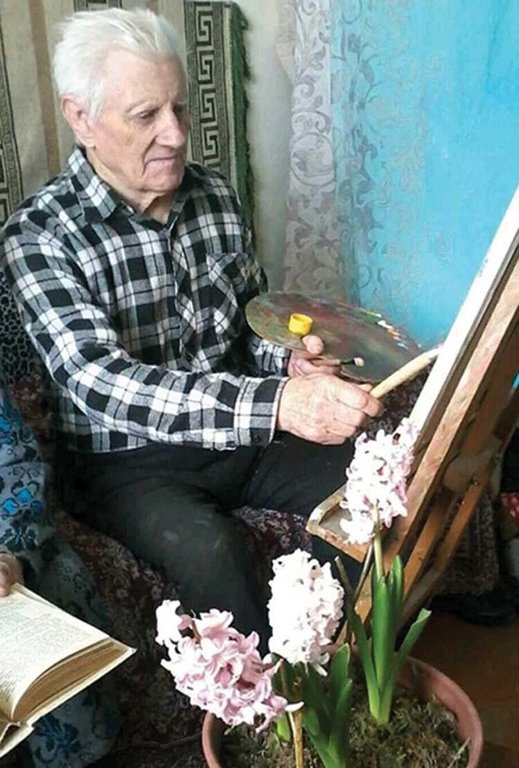 Євген Дацюк добре пам'ятає своє перше зацікавлення малюванням, яке не відпускає його й сьогодні.