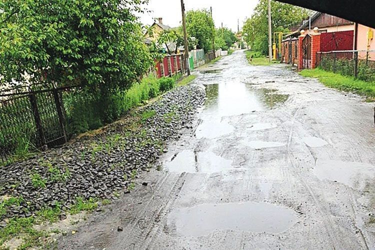 Ось вона — «заасфальтована» вулиця Деревообробників у Ківерцях.