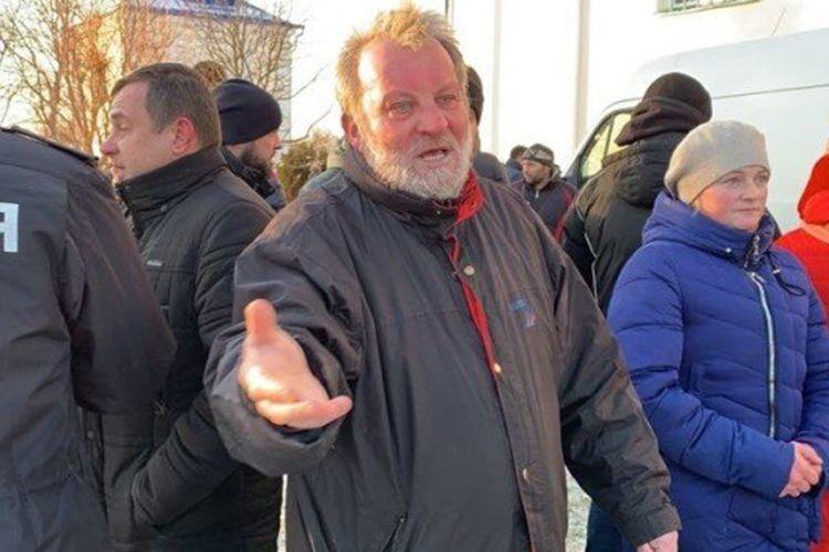 Свої дії протоієрей Володимир тепер пояснуватиме слідчим.