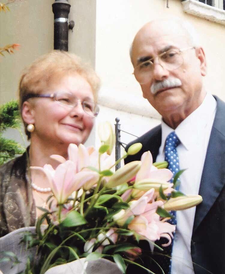 Квіти — коханій жінці у день реєстрації шлюбу.