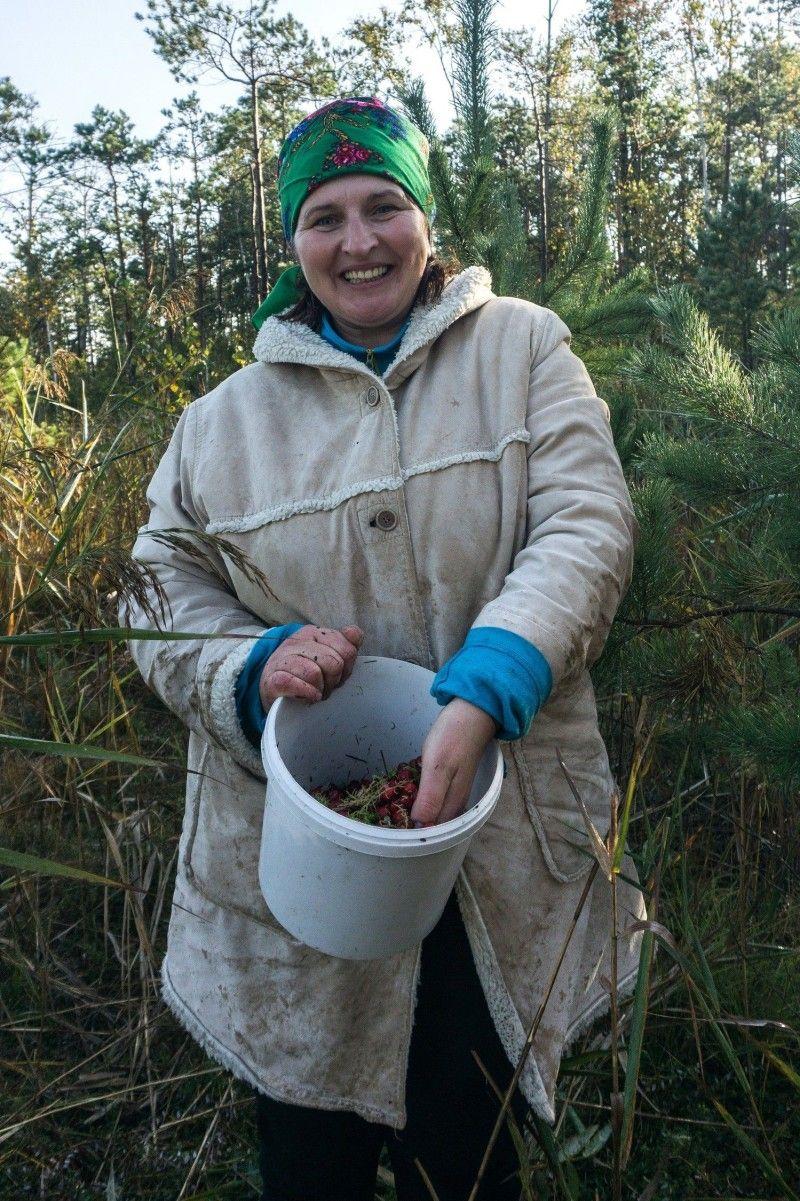 Марія Киричик колись дивувалася, як можна набрати мішок бубочок серед моху.
