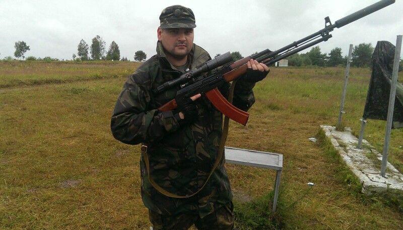 Віталій Ковальчук — не просто педагог, він вчить любити Батьківщину.