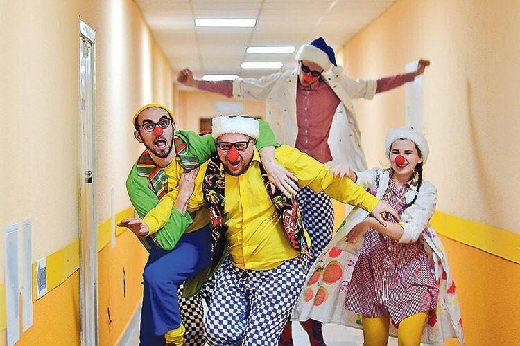 «Червоні носи» провели у дитячій лікарні власні вибори: переміг Пончик.