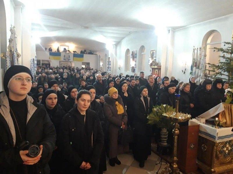Храм святого Василія Великого ледве вмістив усіх учасників прощі.