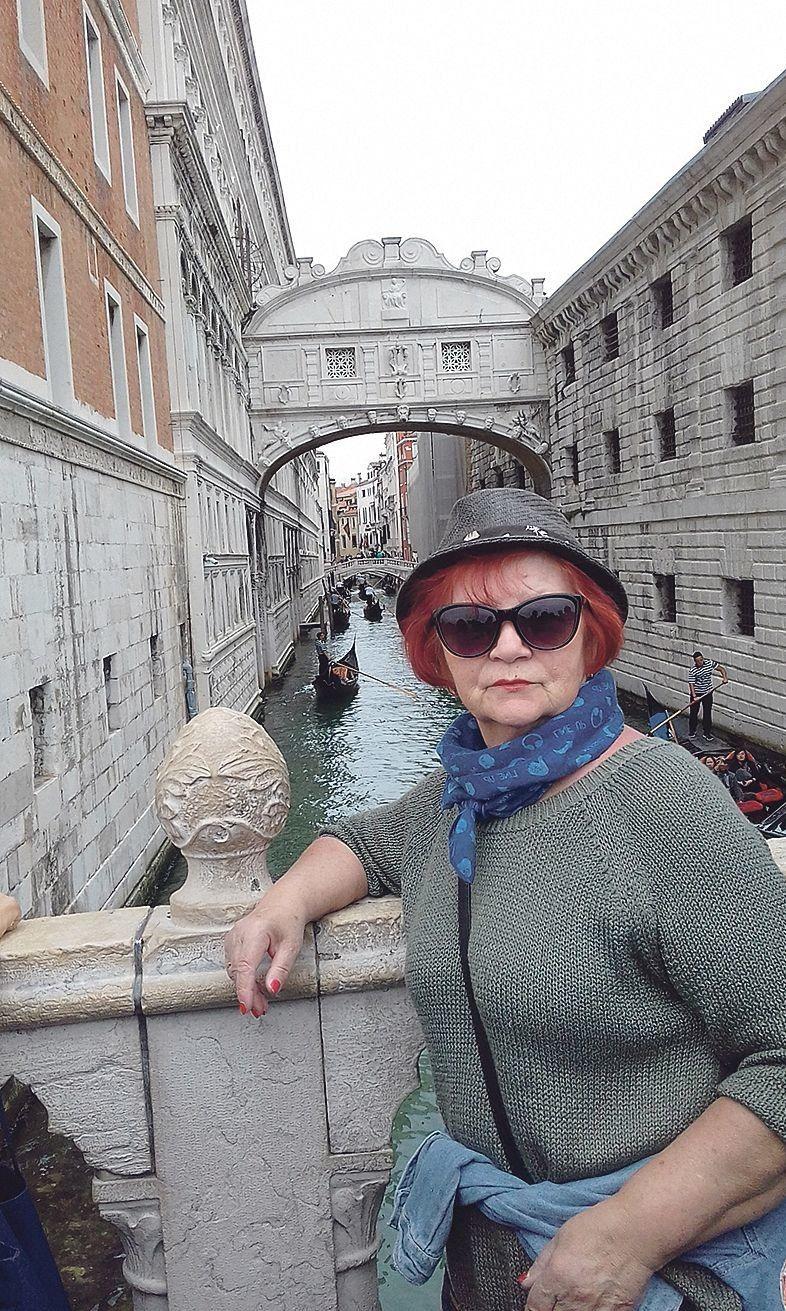 Канали — це вулиці середньовічного міста,  «вимощені» водою.