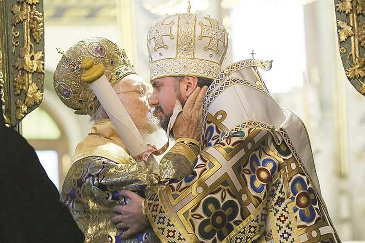 Український митрополит Епіфаній згадував, що багато років тому він був на зустрічі із Вселенським патріархом Варфоломієм і той сказав, що Епіфаній зробить ще багато корисного для України. Ніби знав, кому вручить Томос…