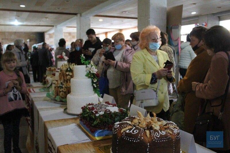 Тринадцятий фестиваль традиційної національної культури «Українське коровай-сузір'я».