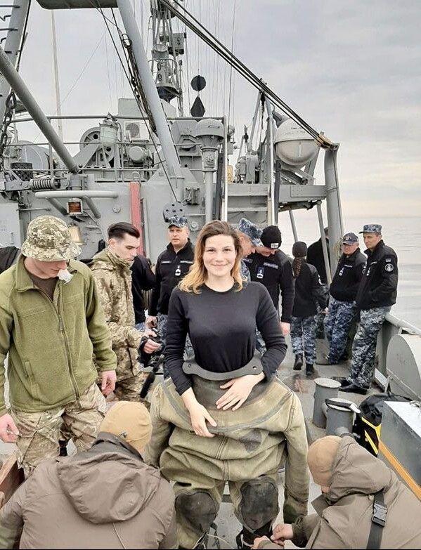 Хіба могла справжня одеситка не любити море, плавання і кораблі? Але дівчина зуміла поєднати ці фактори у такій необхідній, хоч і нелегкій професії.