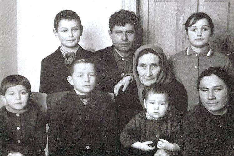 Тамара Павлівна виховала дітей мужніми і сильними, працьовитими та чесними.