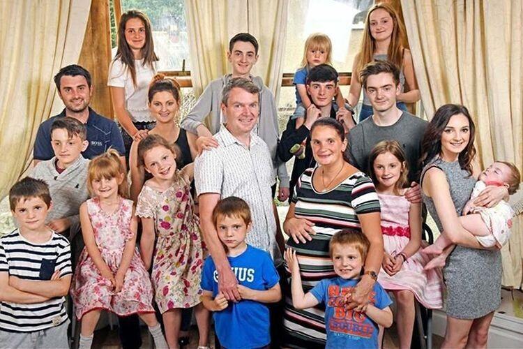 Редфорди зізнаються, що не мріяли про настільки багатодітну родину.