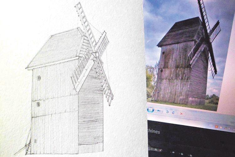 Процес роботи над вітряком із Музею історії сільського  господарства Волині.