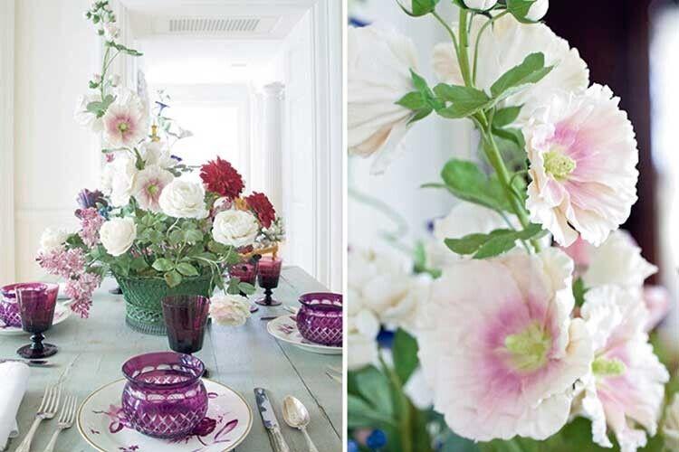 Перш ніж квіти Каневського почав продавати модний паризький бутік Діор, йому довелось обійти зісвоїм товаром чимало крамниць.
