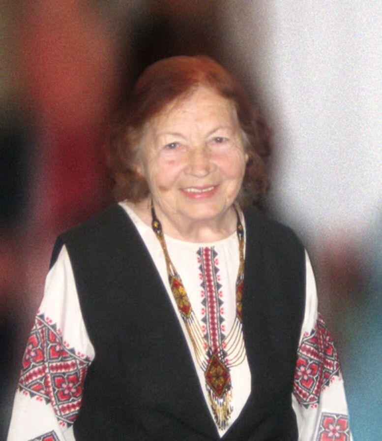 Її поезія — життєдайне джерело,  з якого б'є справжнє українське слово.