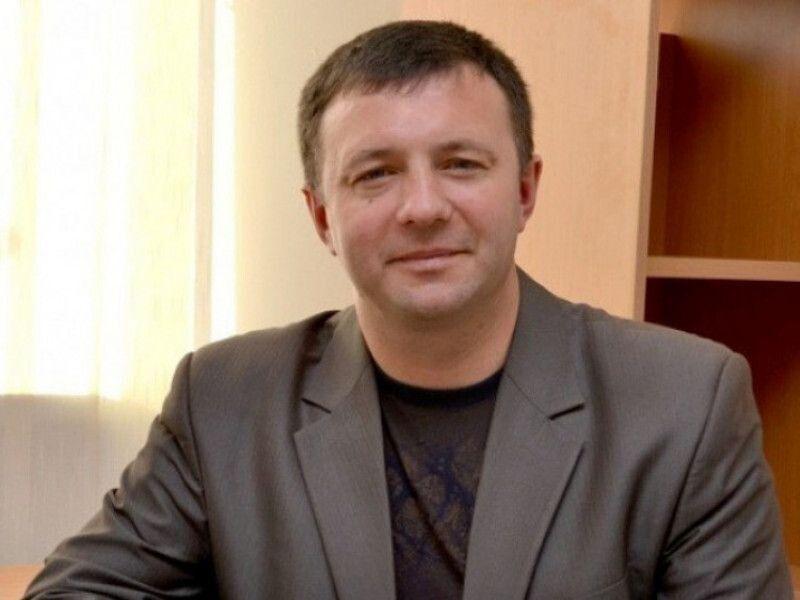 «У мене немає дня прийому, бо приймаю людей постійно», – якось сказав під час телеефіру Віктор Леонідович. У цих словах і відповідь на запитання, чому так горохівчани люблять свого мера. Фото із сайту sylapravdy.com.