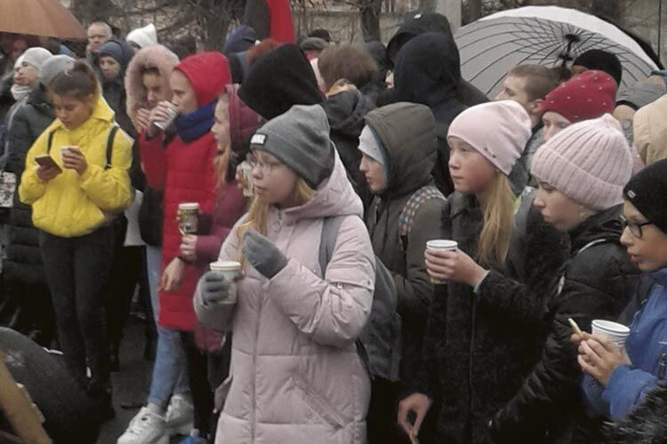 Численними глядачами дійства були ківерцівські школярі.