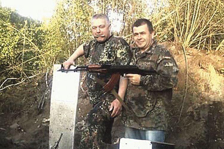 Першими, хто приїхав до дружини Андрія Квача у день розстрілу колони наших військ, були Сергій Гетманчук і В'ячеслав Лебедь –  «самооборонівці» Ківерців.