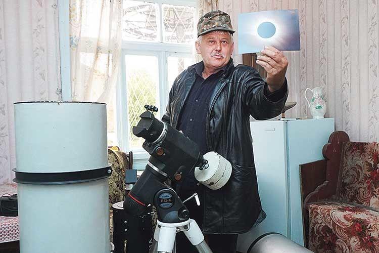 Сучасним апаратом можна  фотографувати навіть сонячне затемнення.