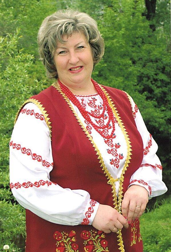 22 роки очолює творчий колектив Людмила Довгун.