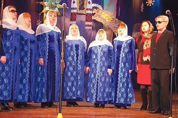 Важко починати, але все вдалося: тепер цей колектив є окрасою духовних концертів.