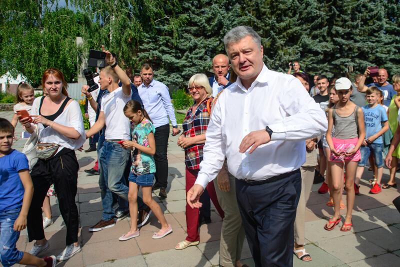 Послухати п'ятого президента у Ківерцях прийшли і дорослі, й малі.
