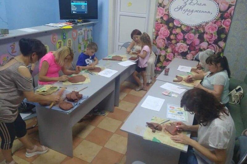 Майстер-клас зацікавив дорослих і малих.