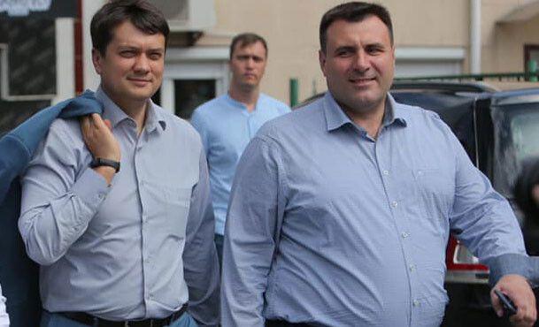 Дмитро Разумков і Сергій Мандзій під час виборчої кампанії до парламенту влітку 2019 року у Хмельницькому.