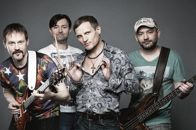 Гурт «Воплі Відоплясова» був створений у 1986 році. Музичної освіти ніхто з його учасників не має. Проте це не завадило хлопцям першими заспівати рок українською мовою за межами України і стати фантастично популярними.