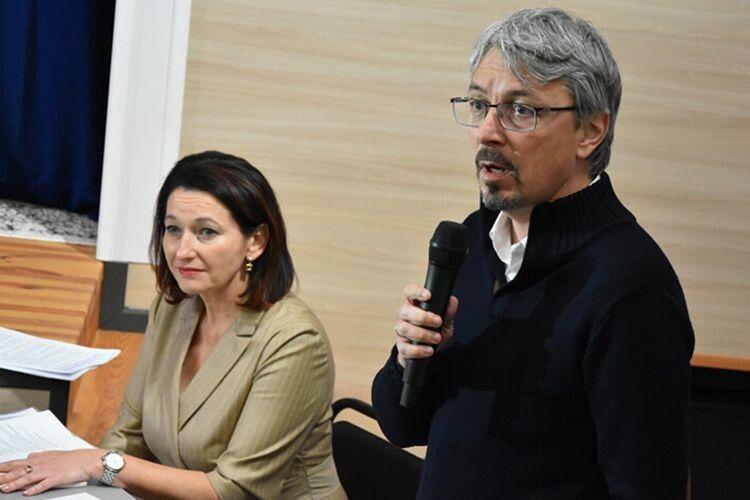 Керівники Комітету з питань гуманітарної та інформаційної політики Ірина Констанкевич та Олександр Ткаченко.