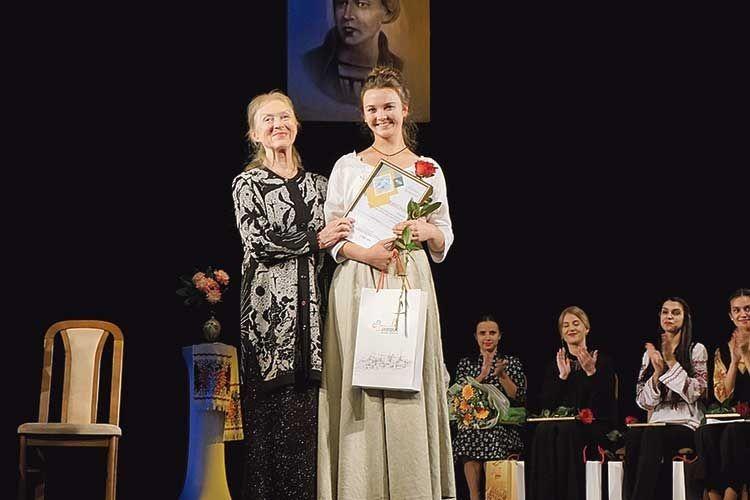 Журі одноголосно визнало переможницею Інну Бевзу.