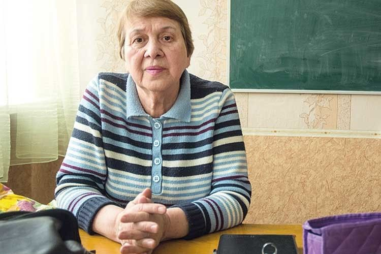 Звичайний незвичайний педагог  Марина Марченко.