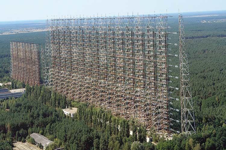 «Французам 23 роки знадобилось, аби зрозуміти потенціал своєї вежі. Унас— тридцятий наносі… Смішно… унас навіть своя Ейфелева вежа є— гігантські щогли антен локатора Чорнобиль‑2. Таінаша— колоритніша».