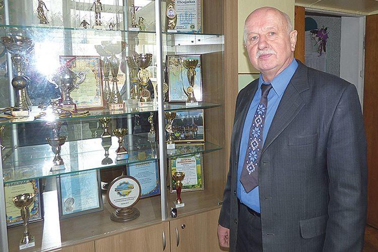 Директор Василь Грищук пишається здобутками свого дітища.